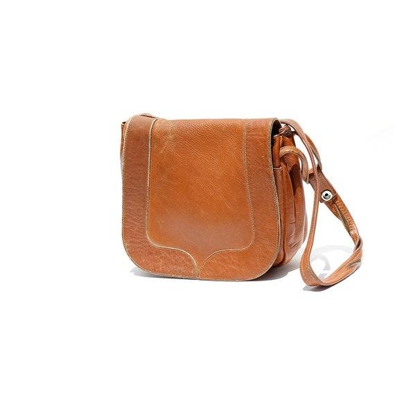 Spice Cider Tan Leather Shoulder Bag