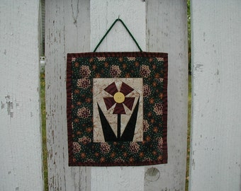 Quilted Wall Hanging - Flower (EDWHB)