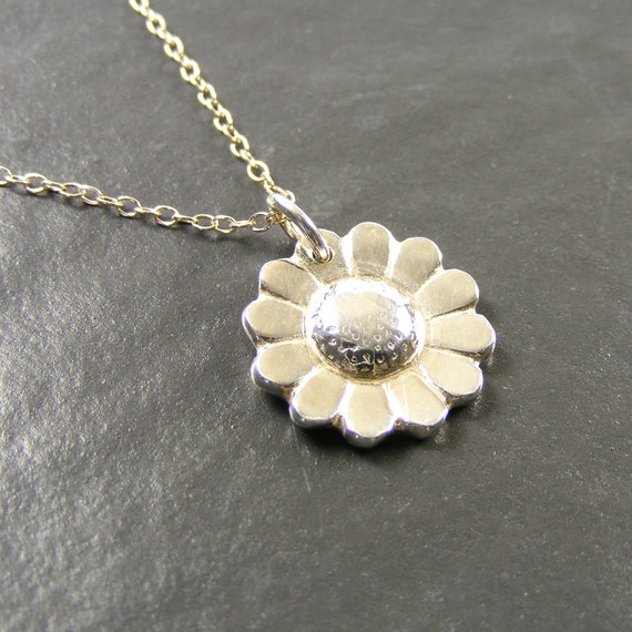 Silver Daisy Pendant in Recycled Fine Silver , Custom Handmade Handcrafted Silver Jewellery