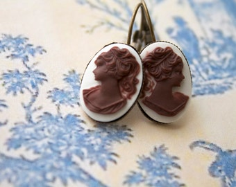Graceful - Cameo earrings
