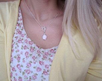 Blush classic cameo - Silver toggle necklace