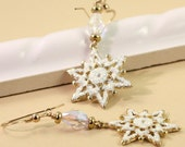 Holiday Jewelry Gold White Sparkle Snowflake Earrings Crystal Glitter Winter Fashion