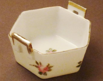 ANTIQUE NIPPON SALT Dip porcelain gold rose  signed 2 1/8 diam x 1 1//8 tall great condition