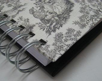 Pocket Size/ Gratitude Journal/ Grateful Journal/ Daily Gratitude/ Thankful Journal/ Year Journal/ 1 year/ Mini Journal/ Black Toile