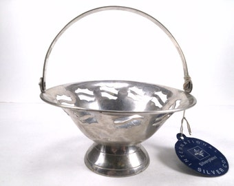 Silver Plate Pedestal Basket , Open Designs, Handle, International Silver Co. Vintage, Wedding,
