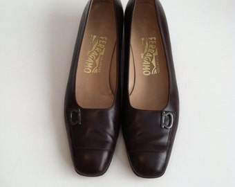 Vintage Brown Leather Shoes / Salvatore Ferragamo Brown Shoes / Chunky Heels / size 8
