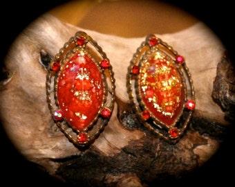 vintage 50's red rhinstone gold fleck earrings