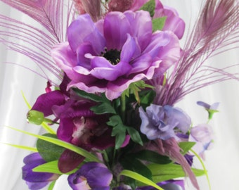 Radiant Orchid l Centerpiece with Purple Violet Anemones, Plum Peacock Feathers