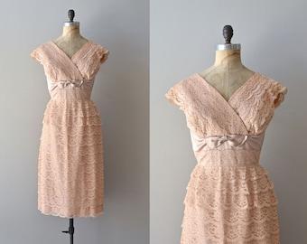 Le Tout Paris dress   blush lace 50s dress • vintage 1950s dress