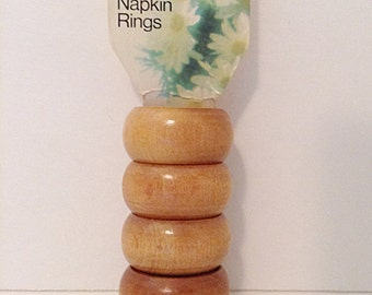 Vintage napkin rings // table decor // hardwood wooden wood NOS