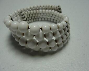lovely vintage milkglass bracelet
