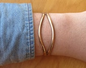Vintage metal cuff, Adjustable vintage bracelet, bronze vintage jewelry