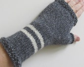 Zebra Mittens - Grey Heather