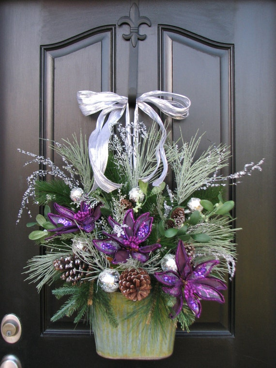 Christmas In the City, Christmas, Holiday Decor, Holiday Wreath, Silver Christmas, Wall Pocket, Door Wreaths for Christmas, Silver