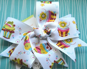 Bright Cupcakes XL Diva Bow