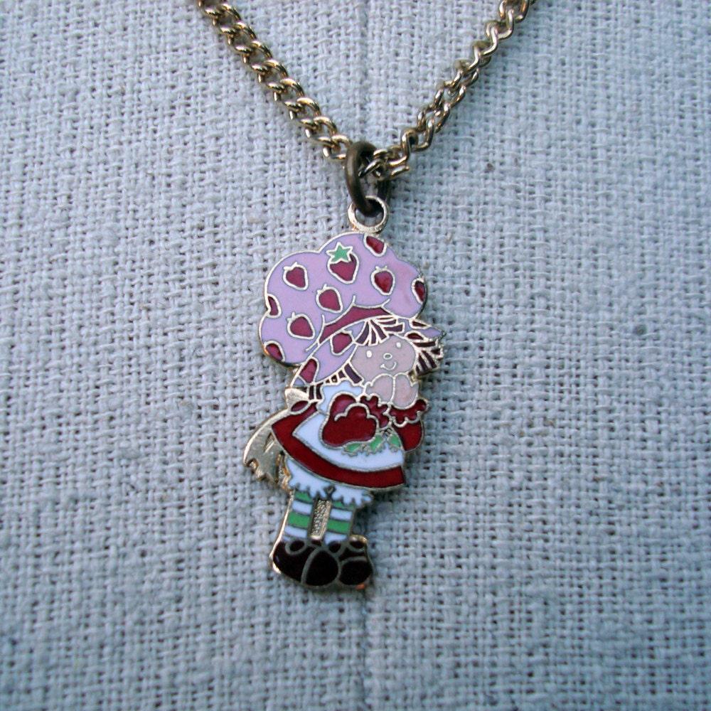 Strawberry shortcake necklace vintage 1980s gold tone metal for Strawberry shortcake necklace jewelry