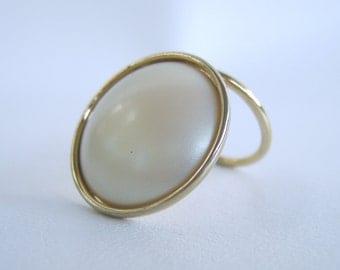 Vintage Gold Scarf Clip Pearl Cabochon