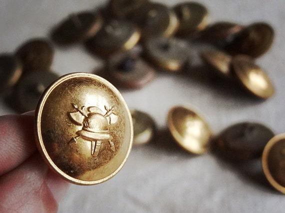 Boutons militaires vintage de la belgique lot de boutons en - Bouton de liege ...