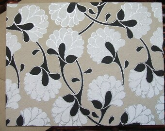 Floral Blooms - Silver Lining  - (Set of 10)