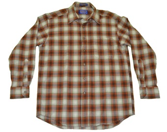 Vintage Pendleton Shirt - 100% Wool in Plaid - Size Medium