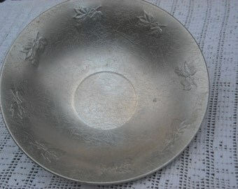 """Cool Westbend hammered aluminium 14"""" salad bowl with embossing"""
