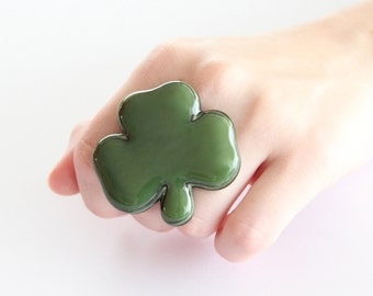 Shamrock Ring Fused glass jewelry  -  big ring, adjustable ring, Three Leaf Clover ring, cocktail ring, handmade ring by StudioLeanne