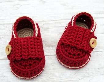 Baby shoes, crochet booties little loafers sand and cherry