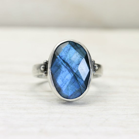 Labradorite ring in sterling silver, ladies cocktail ring, custom size, handmade by lotusstone