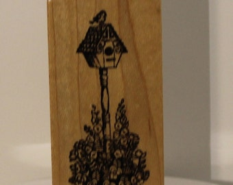 Birdhouse in the Garden with Bird Flowers PSX Rubber Stamp