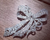 CLEARANCE Unbelievably Stunning Bridal Rhinestone Brooch...only ONE available
