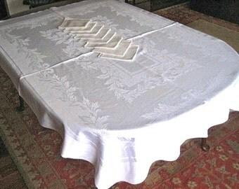 DAMASK TABLECLOTH Vintage Slick White Linen Flowing Leaves Stripes & 8 Napkins