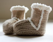SnUggy Hand knitted Baby Boots - in cashmerino -  BEIGE - Made to order - Choose size