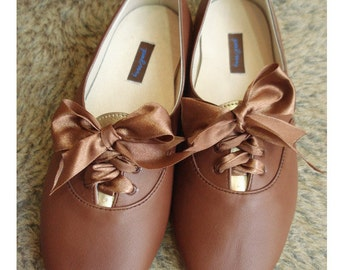 Alphie tan ( lace up ) very soft and comfortable flats