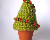 Plush Mini Christmas Tree - Amigurumi desktop toy