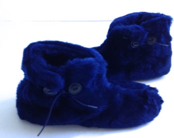 Dark Blue Plush slippers.  Shoes, Booties.  Vintage 70's.  Never worn. Size small, 5-6.  Dearfoams.  Made in Mexico