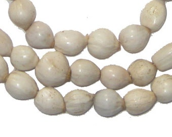 "50 Imfibinga Natural Seed Beads from Kenya - ""Onions"" - African Wood Beads - Jewelry Making Supplies - Made in Kenya ** (SED-UNU-WHT-907)"