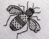 Blackwork embroidered Bee - PDF Instructions