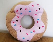 Donut Pillow Deals On 1001 Blocks