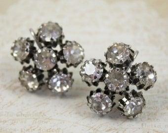 Vintage Rhinestone Prong Set Flower Screw Back Earrings