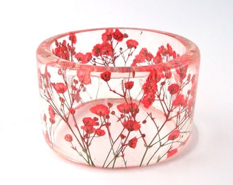 Red Botanical Resin Bracelet.  Resin Jewelry with Pressed Flowers.  Real Flowers - Red Baby's Breath. Resin Jewelry