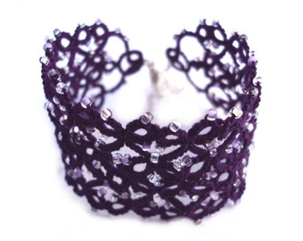 Beaded Tatted Bracelet - Nimue in purple - Adjustable