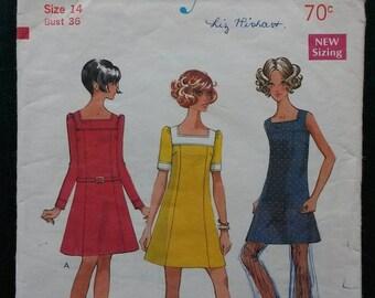 1969 Size 14 Style New Zealand Dress pattern