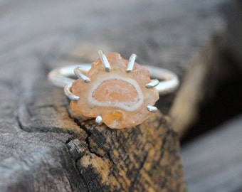 Peach Colored Rough Fire Opal Ring Silver Pale Orange - Jelly Amoeba