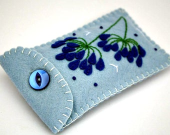 Felt phone case,fits older phones, gadget case, jewellery case, make up case. Blue floral felt case, Agapanthus flowers.