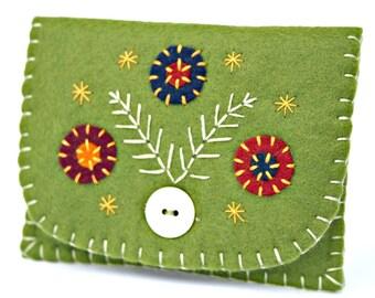 Felt coin purse, Floral purse, Handmade coin purse, Olive green felt purse, Flower purse, Handmade felt purse, Green coin purse, coin pouch