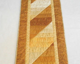 Quilted Holiday Table Runner in Metallic Gold and White