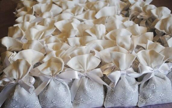 Matrimonio Rustico Bomboniere : Items similar to bomboniere borse battesimo favore