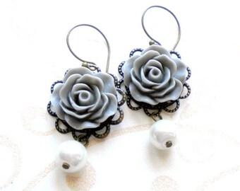 Pearl Dangle Earrings Bridesmaid Chandelier Earrings Grey Flower Earrings Pearl Wedding Earrings Dangle Bridal Earrings Bridesmaid Gifts