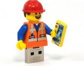 16GB USB Memory Drive in an Emmet original LEGO Movie minifigure