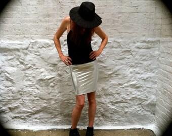Size M Liquid Silver Pencil Skirt